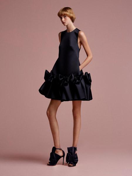 维果罗夫 (Viktor&Rolf) 女装品牌2019春夏新款韩版圆领无袖荷叶花边直筒简约大气连衣裙