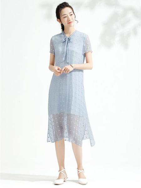 SUORANG所然女装品牌2019春夏文艺精致刺绣领子系带连衣裙