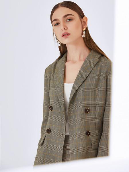真斯贝尔女装品牌2019秋冬新款复古韩版宽松显瘦格子百搭西服外套