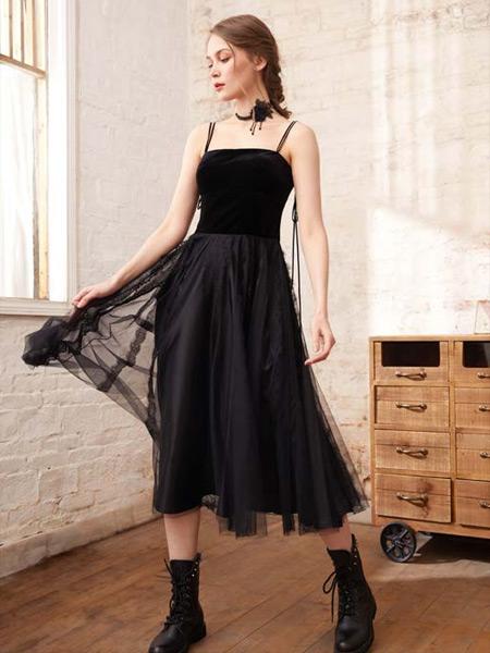 犁人坊女装品牌2019秋季新款黑色名媛短款性感吊带派对洋装小礼服蓬蓬裙