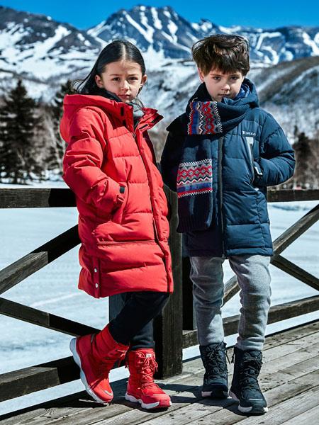 探路者童装童装品牌2019秋季新款超轻透气运动户外外套