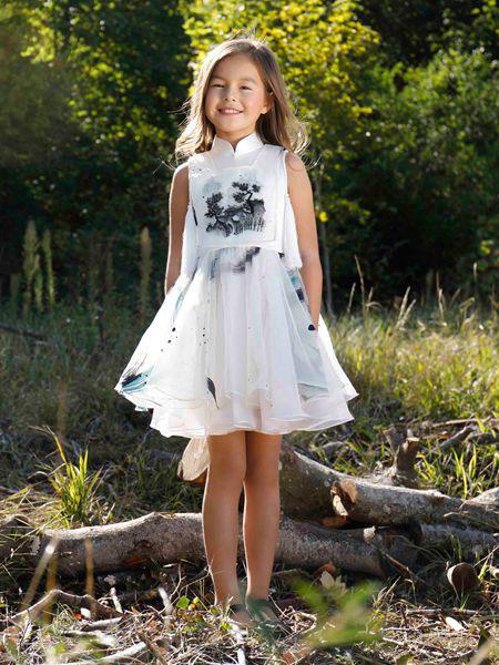 贝的屋童装品牌2019春夏钉珠刺绣立领连衣裙