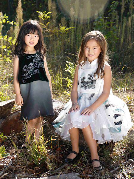 贝的屋童装品牌2019春夏中国风刺绣日常雪纺连衣裙
