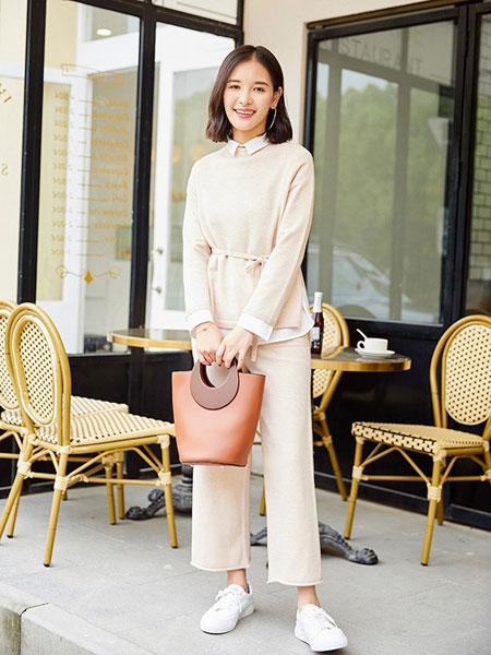 朝花夕拾童装品牌2019秋冬韩版宽松针织衫毛衣两件套