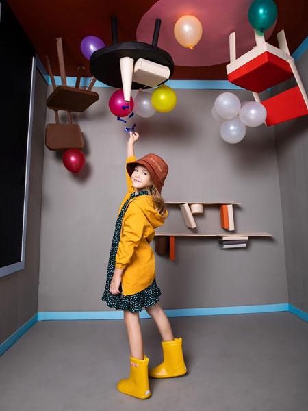铅笔俱乐部童装品牌2019秋季女童连帽收口长袖黄色风衣外套
