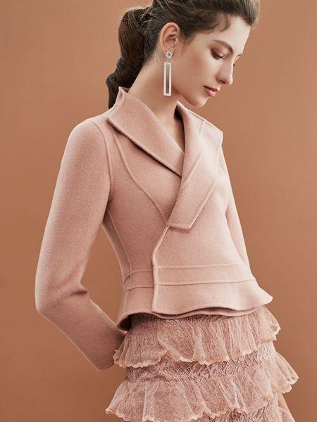 红贝缇女装品牌2019秋冬蕾丝修身欧根纱裙摆外套羊毛呢上衣