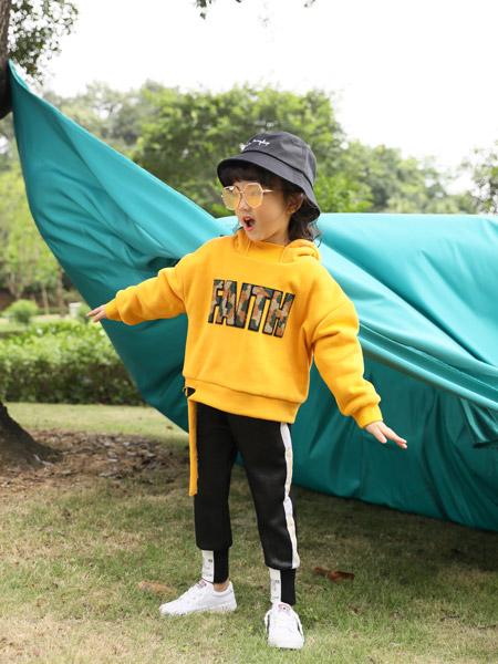 小猪宾果童装品牌2019秋季新款洋气韩版宽松加厚加绒带帽卫衣