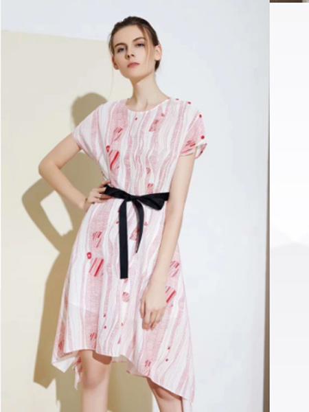 YU ONE女装品牌2019春夏新款中长款收腰不规则时尚印花连衣裙