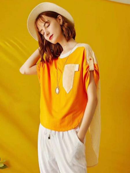 YU ONE女装品牌2019春夏新款宽松休闲减龄不规则短款上衣圆领短袖t恤