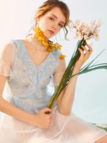 MissLace女装品牌2019秋季新款小清新优雅时尚显瘦宽松网纱连衣裙