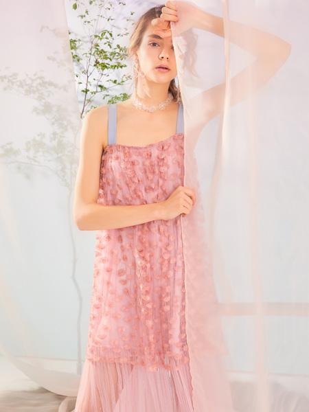 MissLace女装品牌2019秋季新款韩版时尚气质女神中长款蕾丝连衣裙
