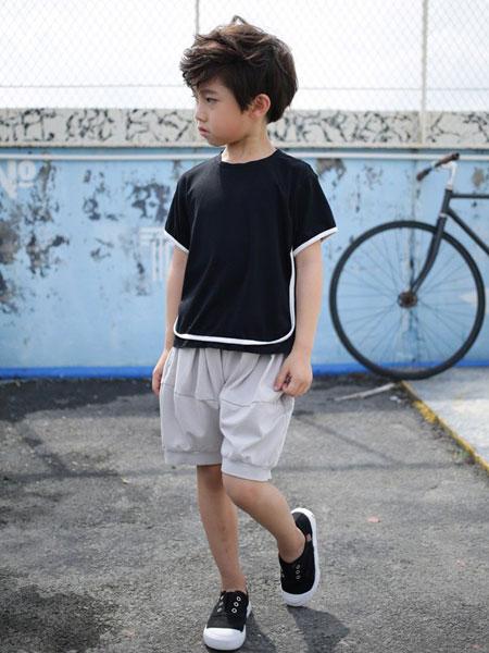 茶子树童装品牌2019秋季黑色纯棉时尚短袖白色休闲五分裤