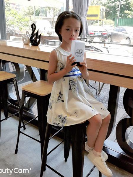 诺贝达童装品牌2019春夏可爱薄款吊带纯棉中大童连衣裙