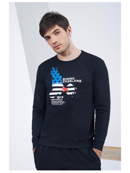 江苏男装卫衣批发货源,时尚男装品牌加盟