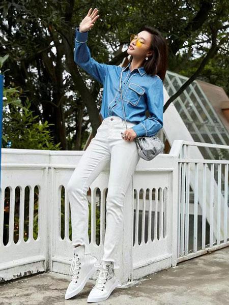 颜若蓝女装品牌2019春夏宽松直筒牛仔连衣裙七分袖修身显瘦系带收腰裙