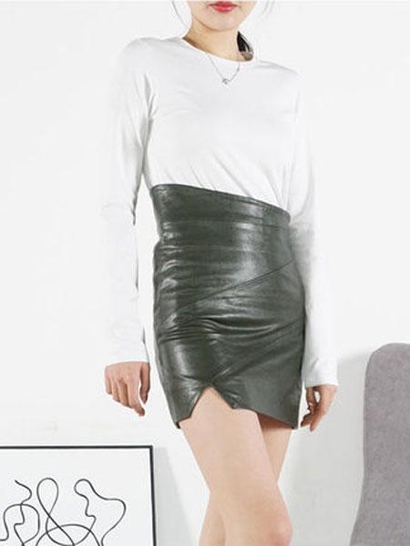 蔻贝卡女装品牌2019春季新款高腰不规则半身裙短款时尚包臀裙套装