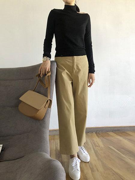 蔻贝卡女装品牌2019春季卡其色纯棉透气时尚宽松直筒裤