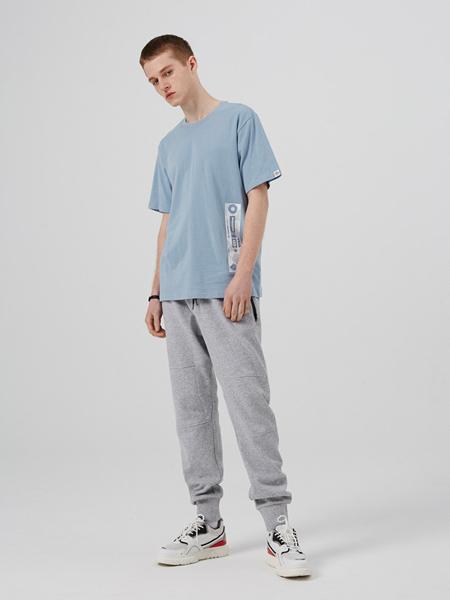 iisutas男装品牌2019秋冬新款纯色圆领短袖T恤宽松纯棉打底衫