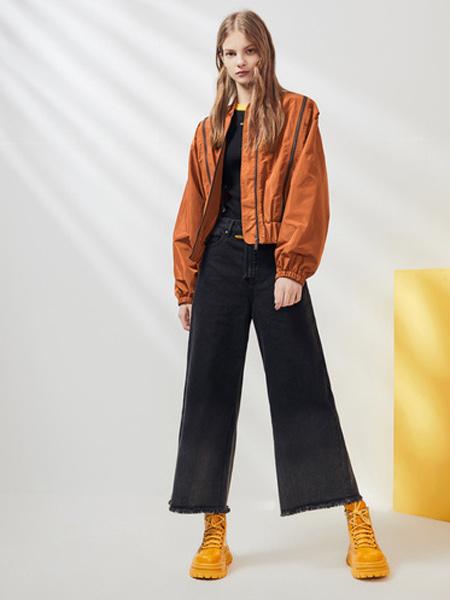 夺宝奇兵女装品牌2019秋季新款时尚宽松长袖短款拉链外套