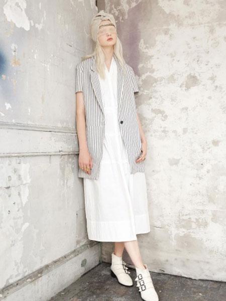 Gary Graham加里·格雷厄姆女装品牌2019春夏新款通勤时尚条纹一粒扣亚麻短袖西装短外套