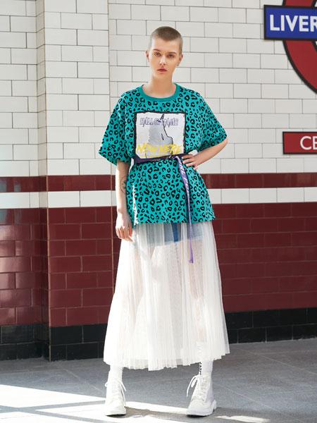 SY+女装品牌2019春夏新款宽松T恤半身裙两件套