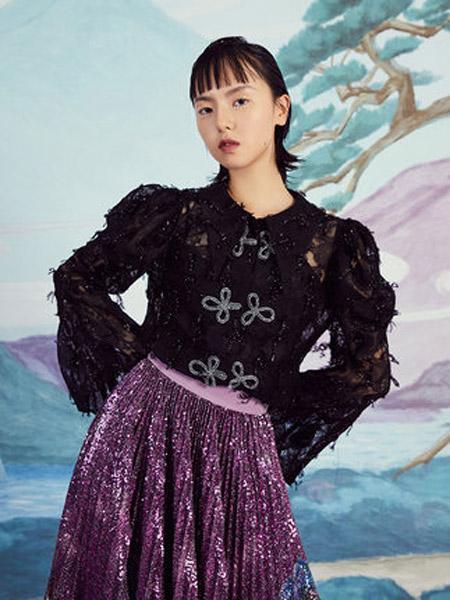 密扇女装品牌2019秋季新款设计师复古羊腿袖宫廷风盘扣优雅蕾丝衫