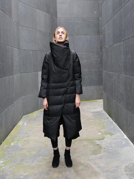 雀啡女装品牌2019秋冬款休闲黑色过膝保暖加厚羽绒服女中长款