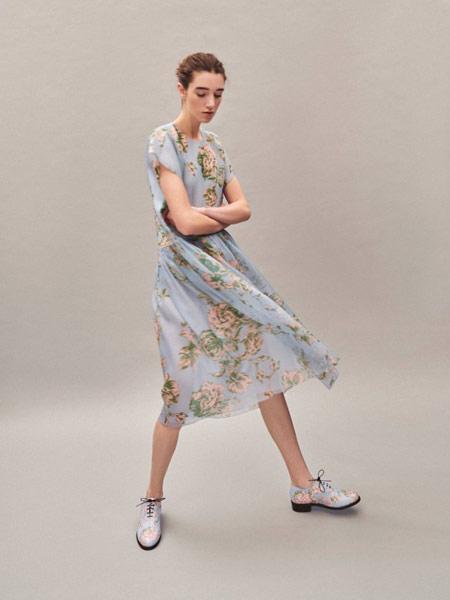 Delpozo女装品牌2019春夏新款真丝印花飘逸无袖长款连衣裙
