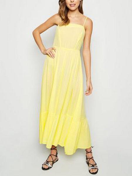 新风貌女装品牌2019春夏新款纯色细肩带无袖中长显瘦 连衣裙