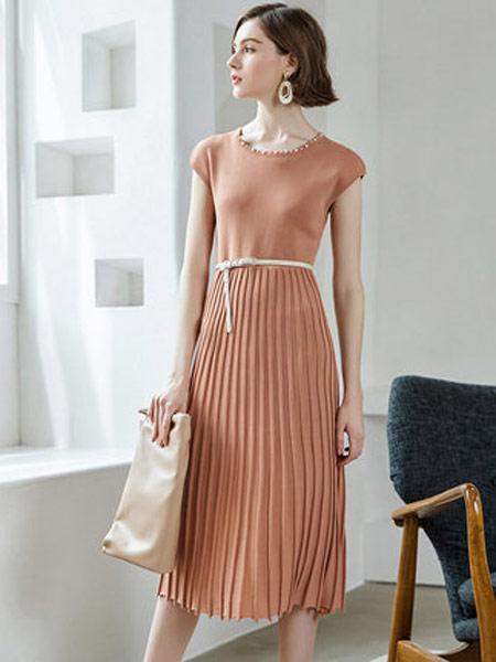 颜域女装品牌2019春夏新款复古收腰修身拼接百褶薄款针织连衣裙