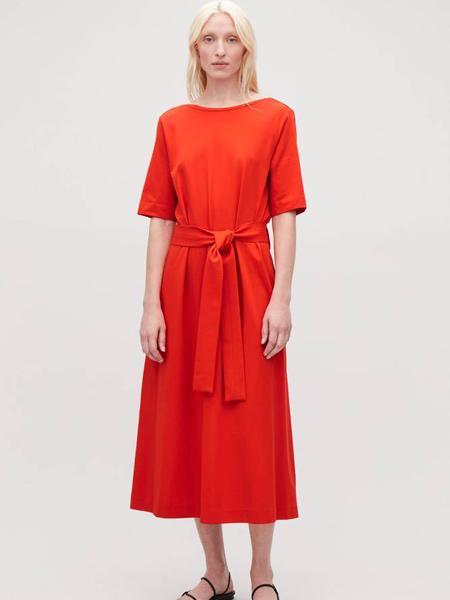 Collection of StyleCOS休闲品牌2019春夏新款时尚修身显瘦圆领系腰带中长款连衣裙