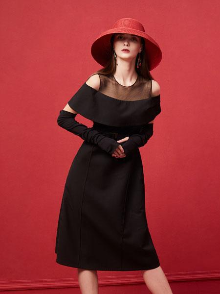 西逅女装品牌2019秋裙子挂脖露肩荷叶边长袖连衣裙