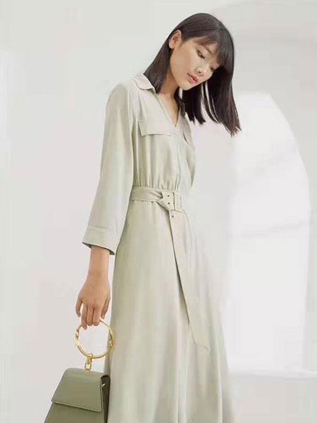 ECA女装品牌2019春夏时尚潮流纯色气质长裙