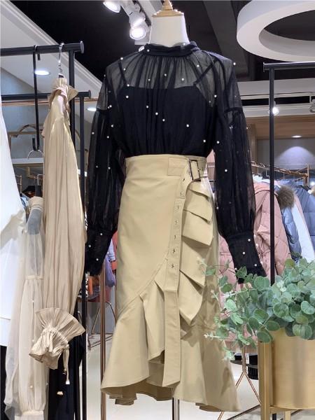 写梦女装品牌2019秋冬新品