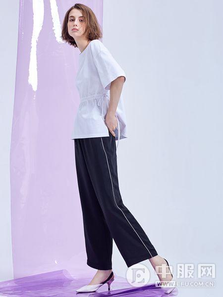 MT女装品牌2019秋季休闲时尚衬衫纯白