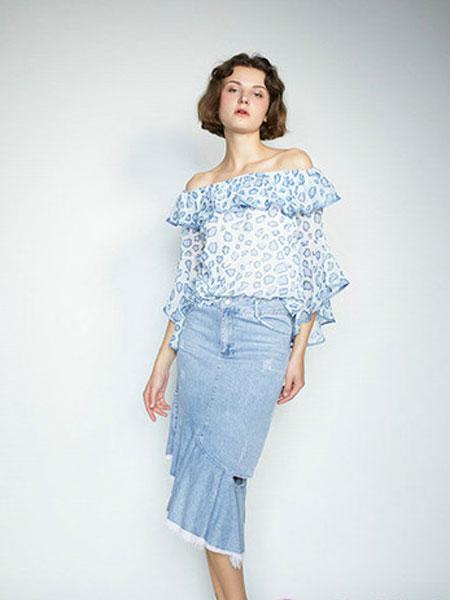 CAGZL(卡姿)女装品牌2019春夏新款韩版宽松一字领露肩荷叶边雪纺衬衫