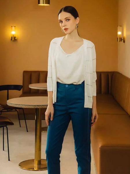 showlong、舒朗、美之藤、高歌女装品牌2019秋季时尚潮流纯色上衣