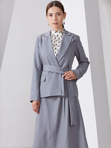 雅默YAAMOO女装品牌2019秋冬时尚潮流灰色套装