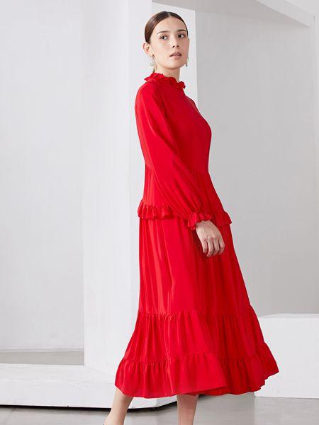 雅默YAAMOO女装品牌2019秋冬红色裙子