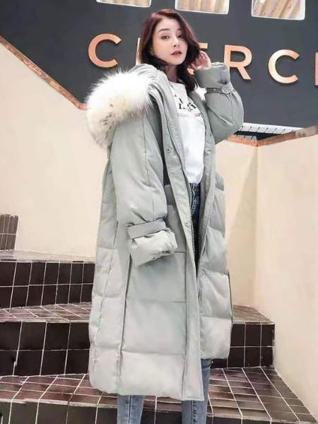 2019年冬季新款_九天国际羽绒服