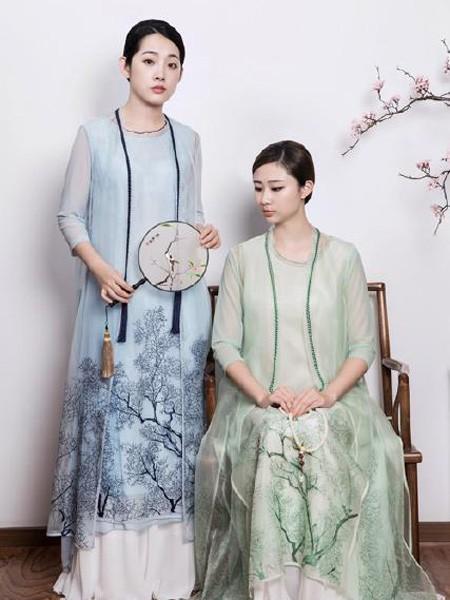 久亿女装品牌2019春夏中国风镂空裙蓝色