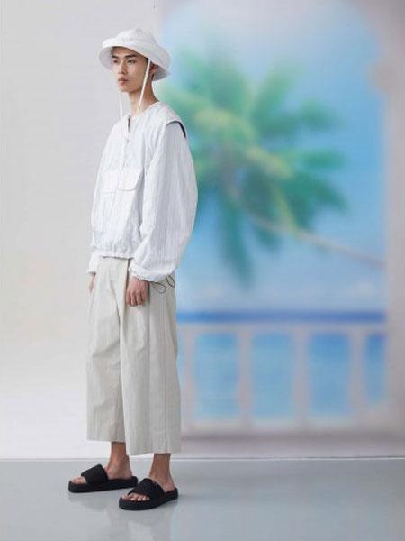 FFIXXED STUDIOS休闲品牌2020春夏纯白上衣
