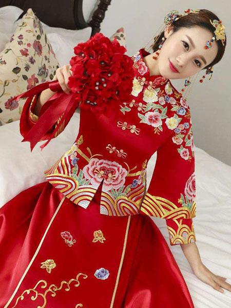 同双同缘婚纱/礼服品牌2019秋季华丽复古中式礼服,新娘鱼尾结婚礼服