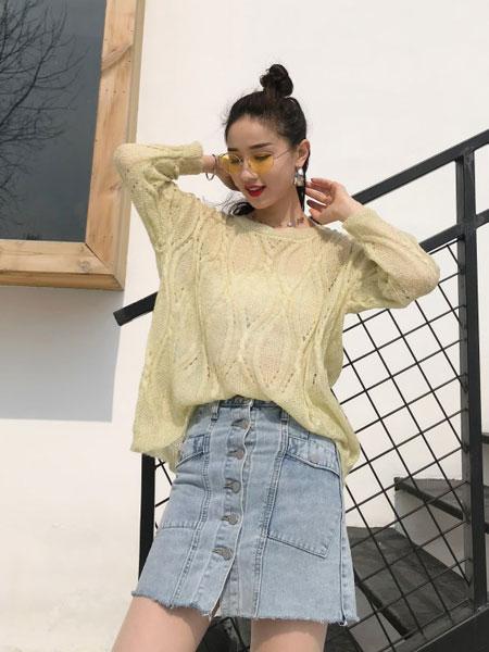 司音女装品牌2019秋冬锦绣羊毛衫