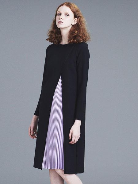 LANVIN En Bleu国际品牌2019秋冬黑色外套紫色裙