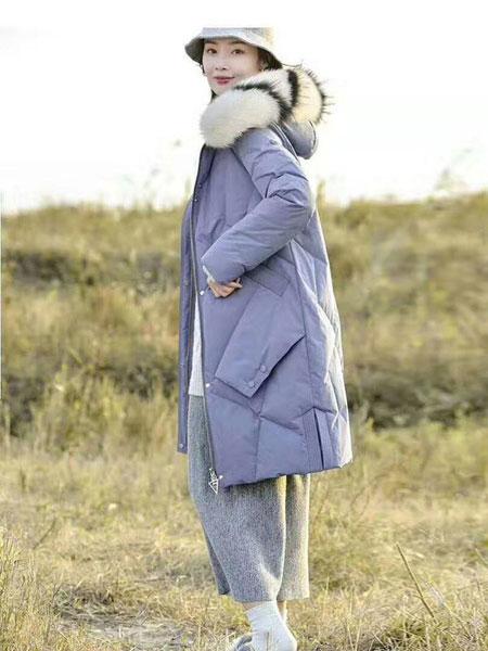 欧琳梵女装品牌2019秋冬紫色宽松羽绒服
