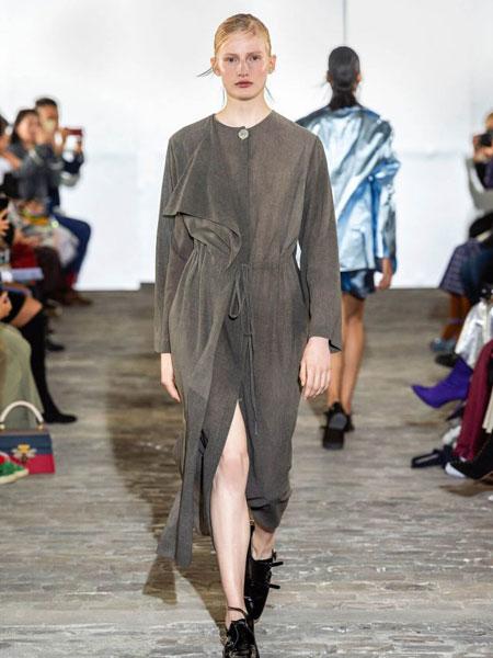 Kristina Fidelskaya女装品牌2019春夏时尚潮流套装