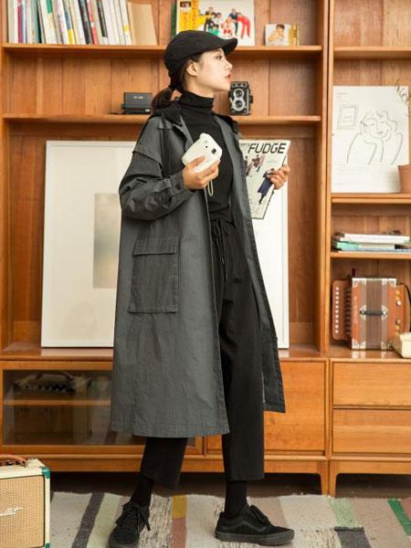独外女装品牌2019秋冬黑色卫衣休闲裤
