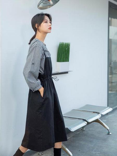 韩国风品牌哪个好,独外女装您放心的加盟好选择