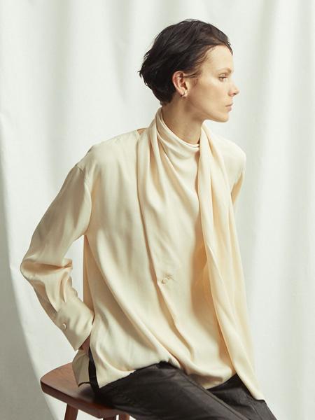 SAYAKA DAVIS女装品牌2019秋冬